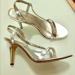 Silver high heel shoe sandal Like New-Really! 8.5